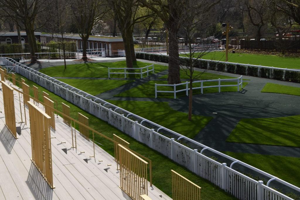 Paris Longchamp, tribunes rond de présentation